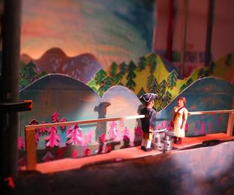 How Trunk made this epic puppet video shot on real film