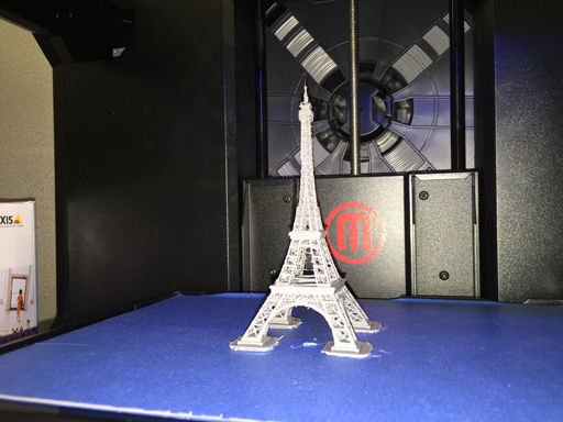 MakerBot 3D printer Eiffel Tower