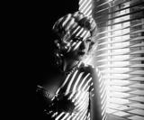 Vintage photo effects – create a 1940s and 1950s film noir photo